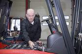 Senior mechanic — Stock Photo