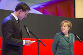 Mark Rutte and Angela Merkel opening Hanover Messe — Stock Photo