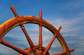 Boat steering wheel against sky — Stock Photo