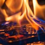 Computer hard disk burning — Stock Photo #13613367