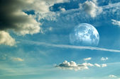 Moon and Cloudscape — Stock Photo