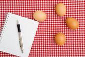 Tavuk egges tablo — Stok fotoğraf