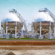 Oil storage tanks - Zdjcie stockowe