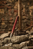 Hammer and chisel — Stock Photo