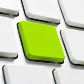 Yeşil renkli buton ile bilgisayar klavye — Stok fotoğraf