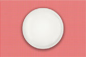 Empty plate on table — Stock Photo