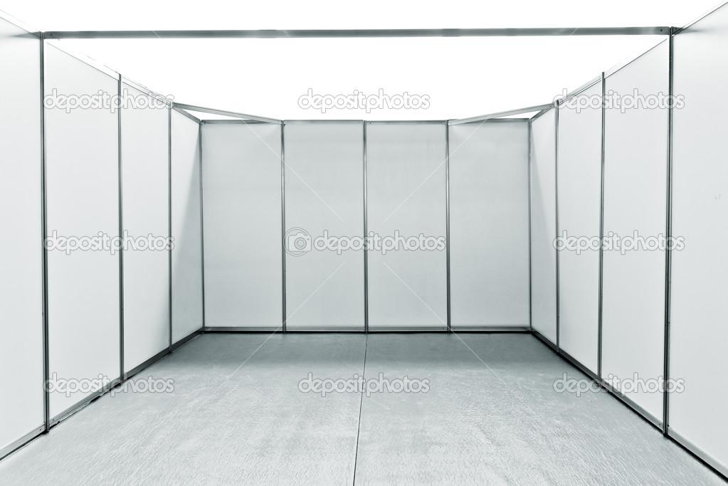 Espace stand salon vide photographie stevanovicigor 48080963 for Prix stand salon