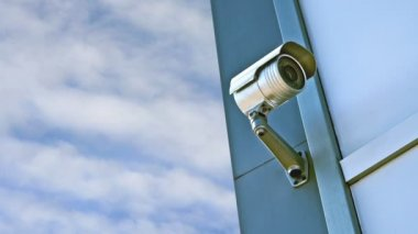 CCTV camera. Security camera on the wall. Private property protection. 1920x1080, 1080p, hd footage. — Stock Video