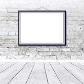 Blank horizontal painting poster in black frame — Foto de Stock