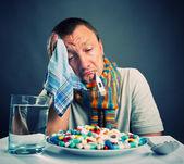 Preparándose para comer medicinas — Foto de Stock