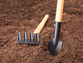 Garden Tools on Soil — Stockfoto