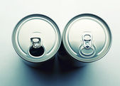 Two aluminum cans — Stock Photo