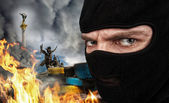 Terrorist on Ukrainian Maidan — Stock Photo
