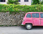 Old pink car — Stock Photo
