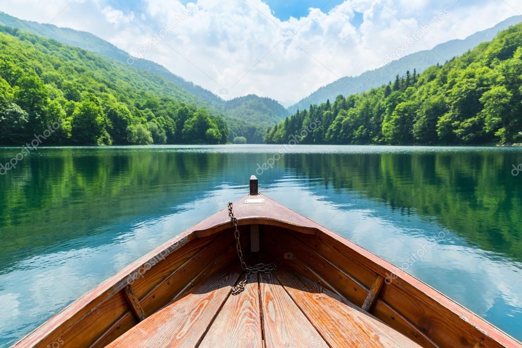 Фотообои Wooden boat on lake