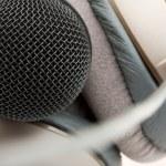 Professional studio microphone and headphones — Stock Photo #5836833