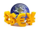 Globo com símbolos de moeda — Foto Stock