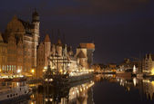 The medieval port crane in Gdansk at night, Poland — Stock Photo