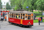 Retro stadstrafik parad i sankt petersburg, ryssland — Stockfoto