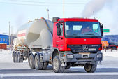 Mercedes-Benz Actros — Stockfoto