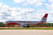 Red Wings Airpines Tupolev Tu-204 — Stock Photo