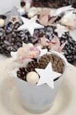 Christmas arrangement with cones and stars — Foto de Stock