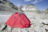 Camping in the french Alps — Stockfoto