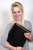 Businesswoman holding briefcase — Foto Stock