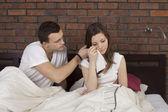 Man consoling woman — Stock Photo