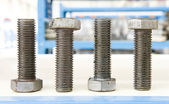 Los tornillos de almacenamiento de almacén de fábrica — Foto de Stock