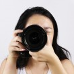 Female photographer — Stock Photo #2252038