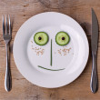 Vegetable Face on Plate - Male, Happy — Stock Photo