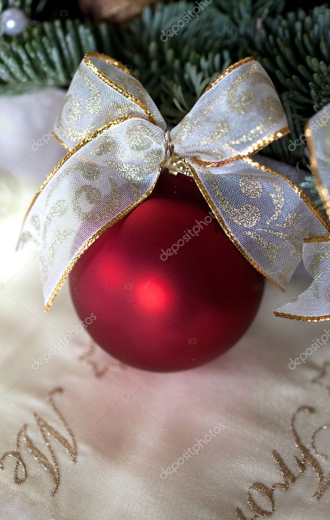 Red Christmas bauble as Advent decoration — Stock Photo #14934475