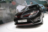 Toyota auris универсал спорта — Стоковое фото