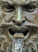 Iron fountain head, Geneva, Switzerland — 图库照片