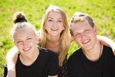 Cheeeful teenagers group — Stock Photo