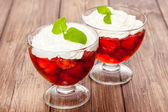 Strawberry jelly dessert — Stock Photo