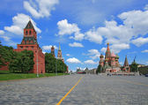 Red Square, St. Basil's cathedral and Moscow Kremlin — Stock Photo
