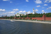 Moscow Kremlin over the river — Stock Photo