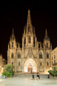 Barcelona cathedral at night — Stockfoto