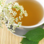 White tea with elderflower — Stock Photo #28793941