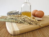 Rice syrup and other baking ingredients — 图库照片