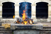 Cremation ghat and ceremony in Nepal — Stock Photo