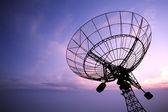 日落卫星天线 — 图库照片
