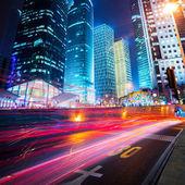 Nachtscène van moderne stad — Stockfoto