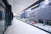 коридор современное офисное здание — Стоковое фото