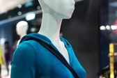 Mannequin in shopping mall — Stock Photo