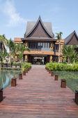 Pathway to resort building — Stock Photo