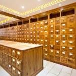 Chinese herbs store — Stock Photo