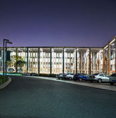 The night scene of modern office building — Stock fotografie